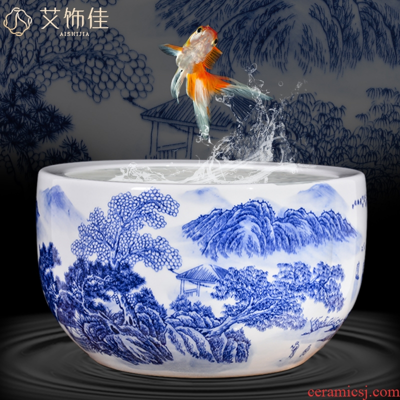 Blue and white porcelain of jingdezhen ceramics of aquarium fish turtle cylinder water lily cylinder sitting room decoration to the hotel office furnishing articles