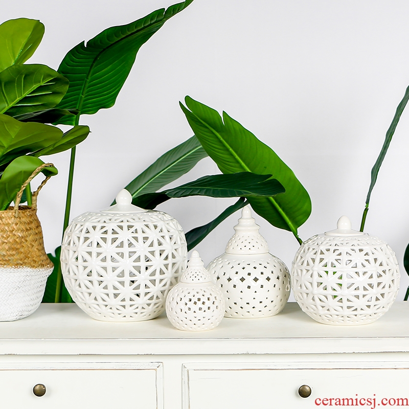 Nordic white hollow ceramic pot decorated bowl aroma stove I and contracted household act the role ofing is tasted creative desktop furnishing articles