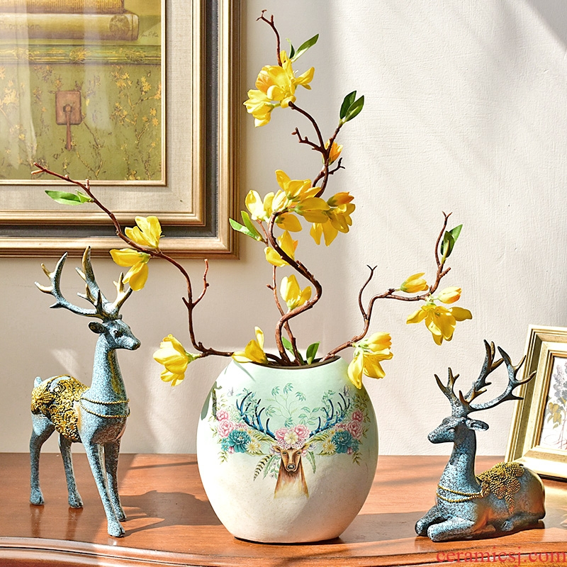 American wine TV ark, creative furnishing articles household act the role ofing is tasted, the sitting room porch decoration ceramic vase floral arrangements