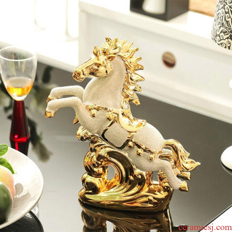 Package mail European wine home decoration decoration creative furnishing articles furnishing articles ceramic household gold - plated wedding gift horse