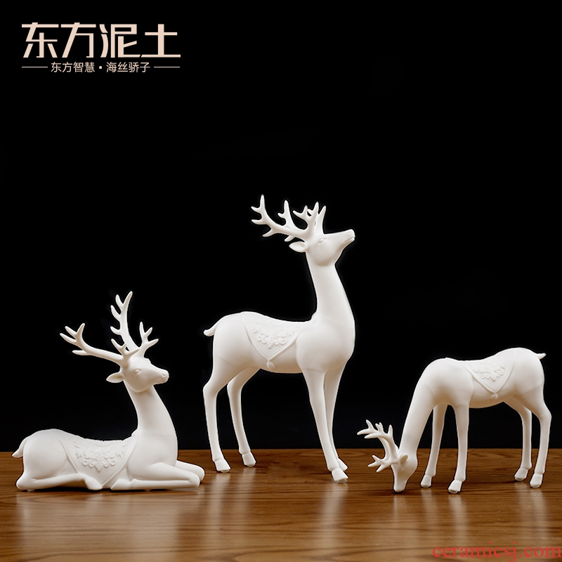 Oriental deer clay ceramic furnishing articles three - piece creative living room TV cabinet/f deer wine cabinet decoration arts and crafts