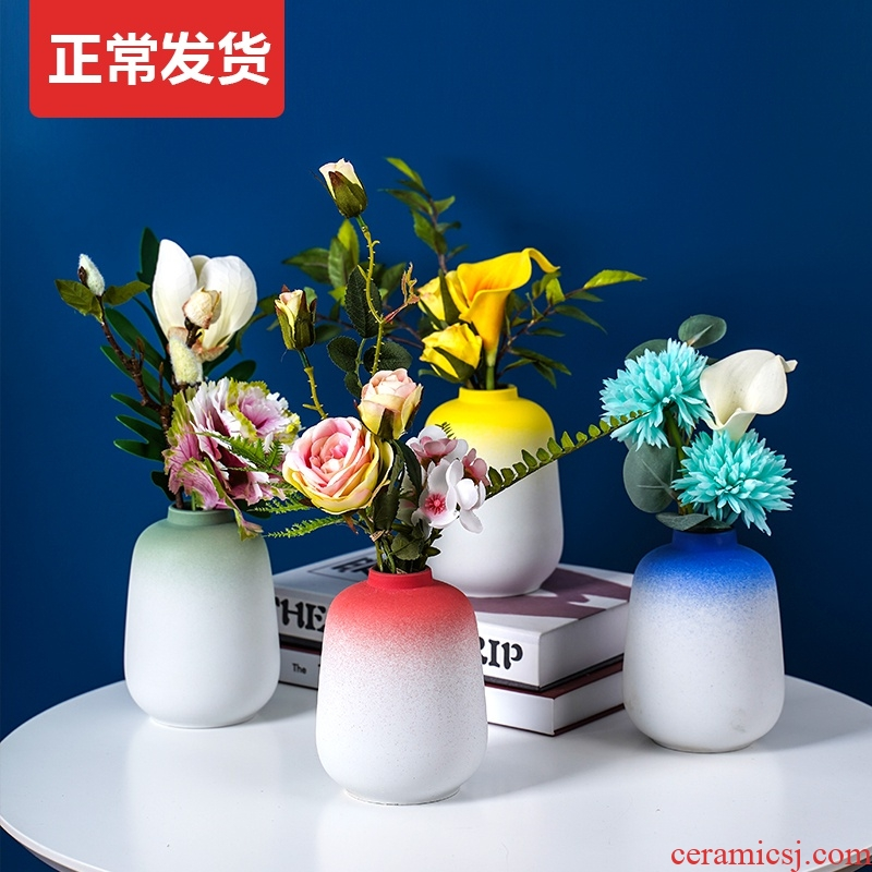 Nordic light and decoration vase dried flowers sitting room adornment table flower arranging gradient modern style of TV ark, ceramic furnishing articles