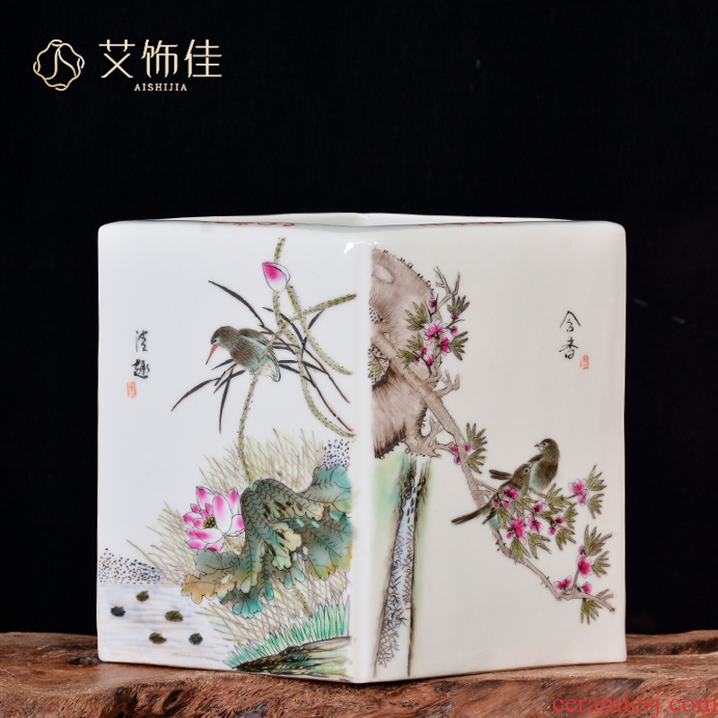Jingdezhen ceramics antique hand - made decorative household square bottle of Chinese style living room rich ancient frame wine gifts furnishing articles