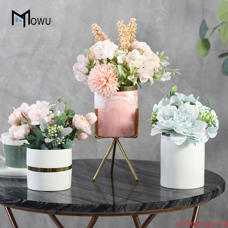 Nordic household dried flowers, artificial flowers, simulation flower bouquets of sitting room place ceramic flower pot small potted.net red flower art decoration
