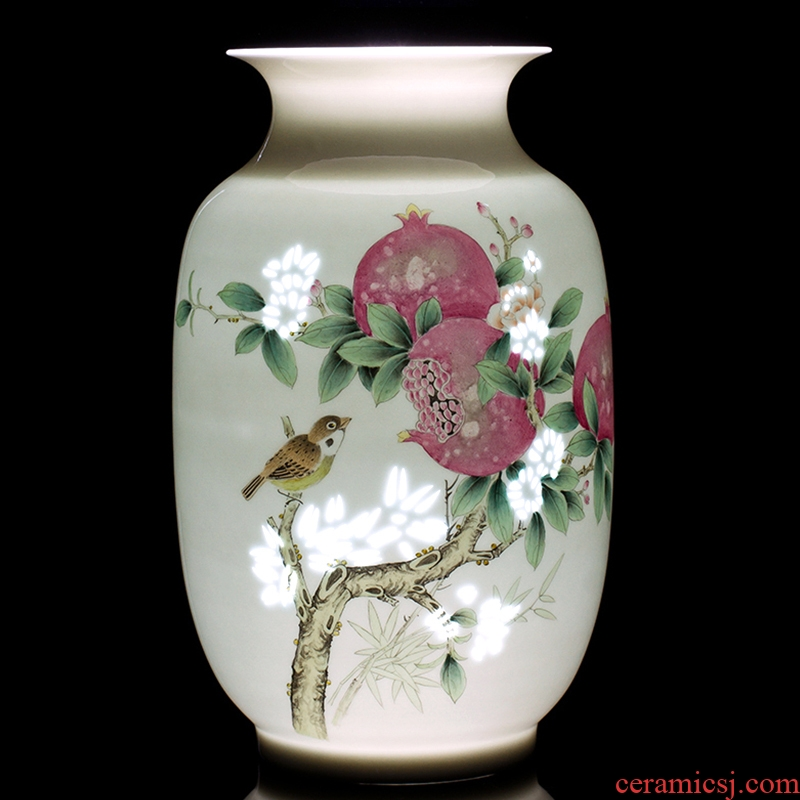 Jingdezhen ceramics vase furnishing articles hand - made smile Chinese style household flower arrangement sitting room adornment ornament
