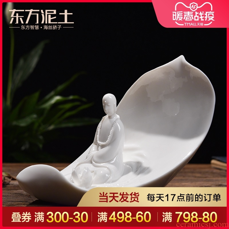 Oriental soil dehua white porcelain its art furnishing articles ceramic decoration/ChanYu floral D46-033