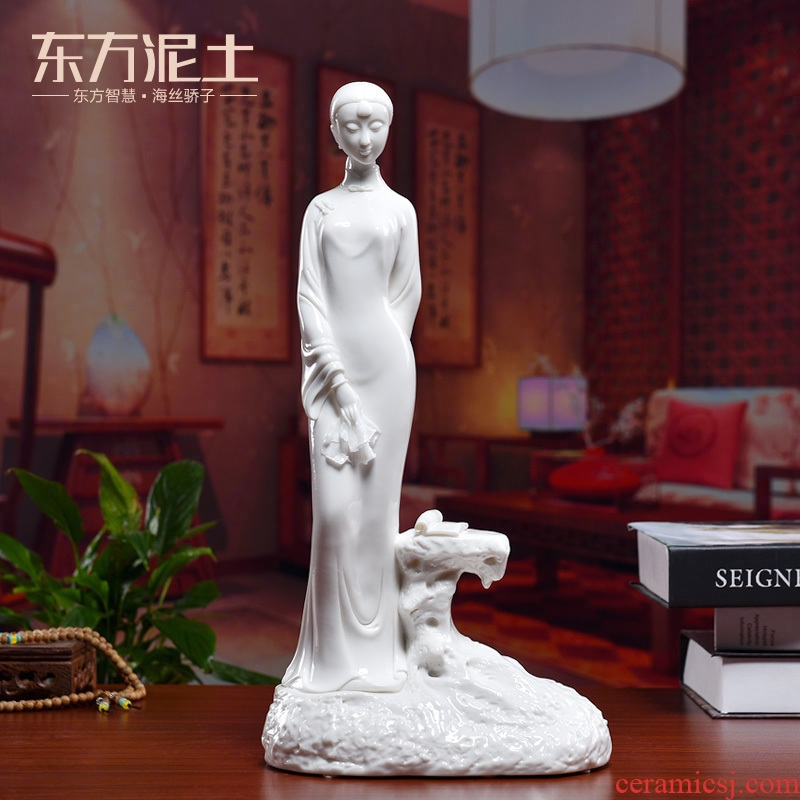 Oriental classical traditional Chinese characters furnishing articles dehua white porcelain its art clay ceramic rich ancient frame/youth
