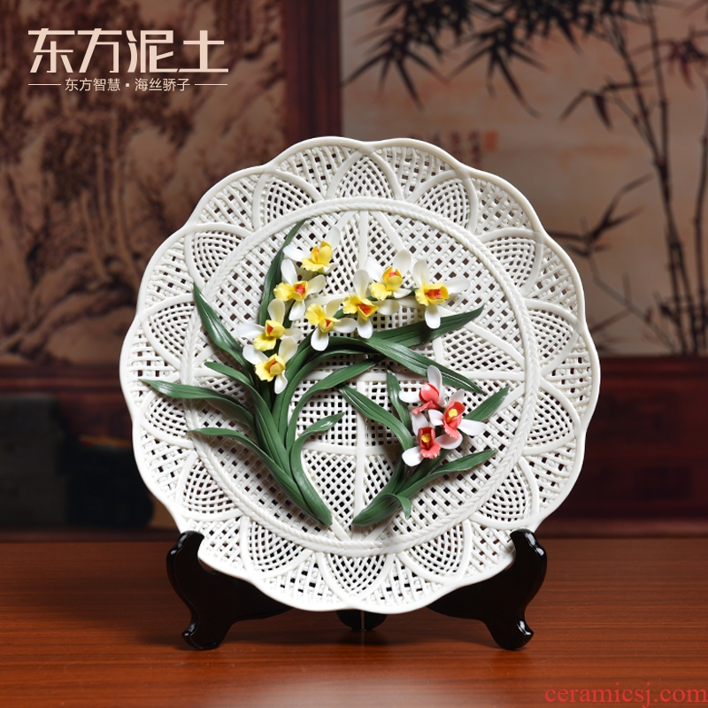 Oriental clay ceramic daffodil orchid hang dish place, Chinese style household living room TV cabinet decorative arts and crafts