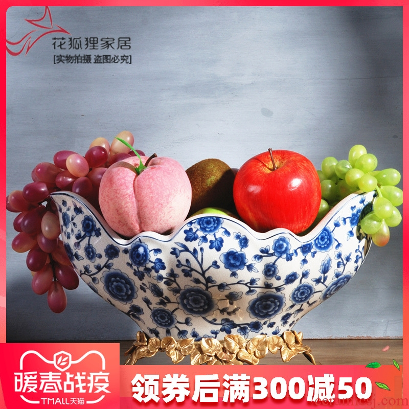 Spend the fox new Chinese style classic blue and white porcelain with copper fruit bowl basin of I sitting room home furnishing articles of dried fruit