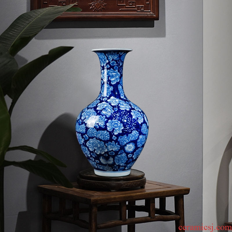 Antique hand - made vases, jingdezhen ceramics blue and white porcelain vases, the sitting room of Chinese style household adornment handicraft furnishing articles
