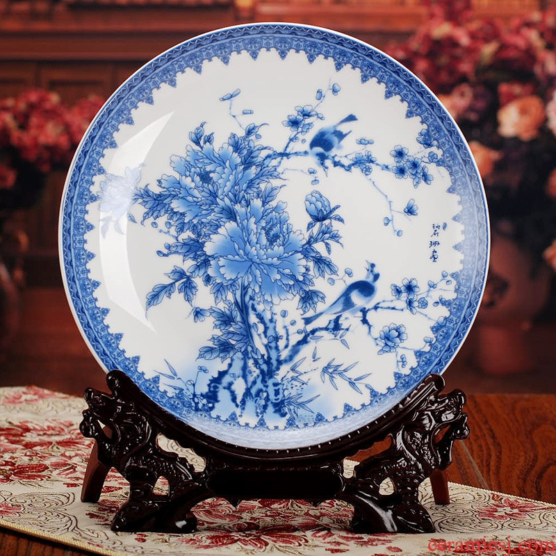 Jingdezhen ceramic decoration plate plate furnishing articles hang dish of blue and white porcelain peony modern Chinese style household decoration