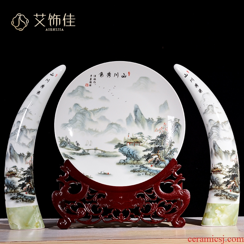 Jingdezhen ceramics ivory three - piece home decoration of new Chinese style living room TV cabinet porch handicraft furnishing articles