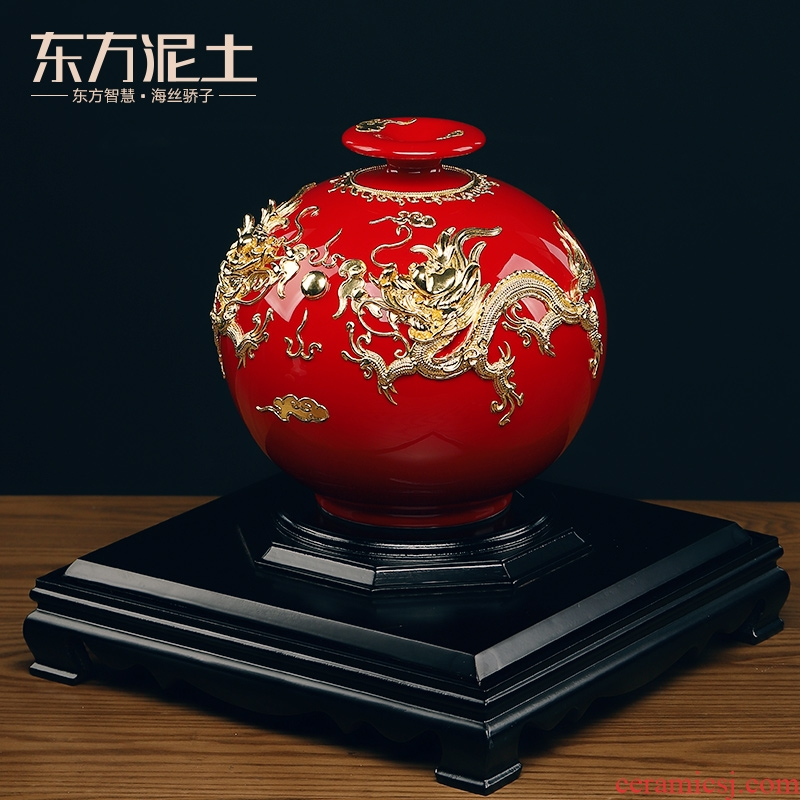 Oriental clay ceramic vases furnishing articles paint line carve handicraft version into gifts/22 inches square