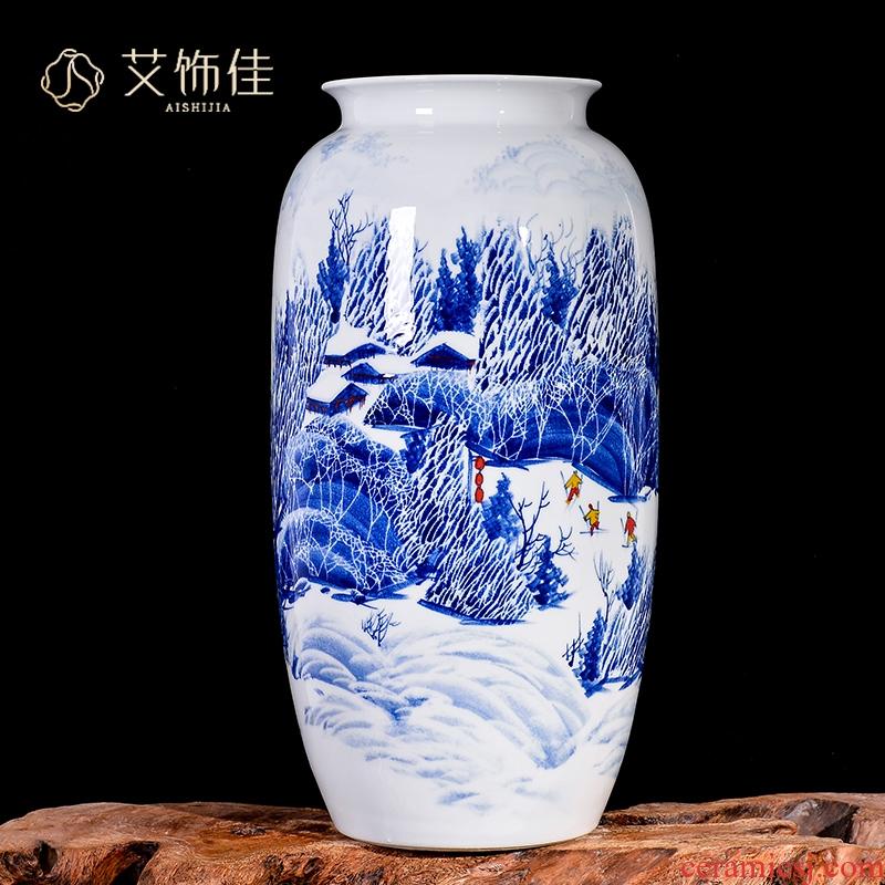 Jingdezhen blue and white snow vase household adornment handicraft ceramics master hand draw the sitting room TV ark, furnishing articles