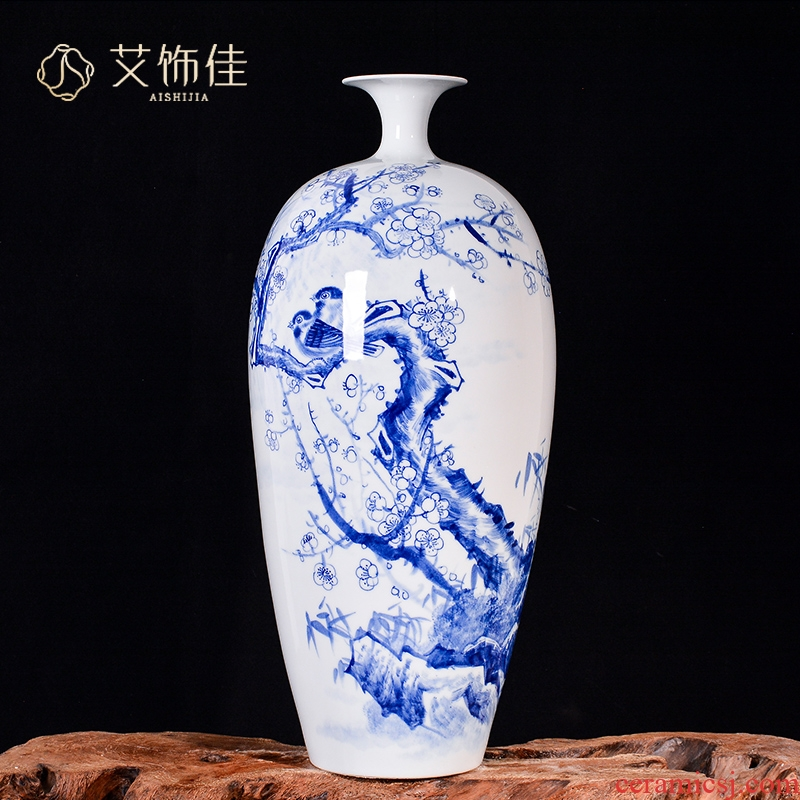 The Master of jingdezhen ceramic hand - made harbinger figure vases, flower arranging Chinese style living room TV cabinet porch decoration furnishing articles