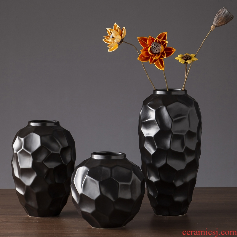 Jingdezhen ceramic vase Nordic I and contracted black desktop zen dry flower vase sitting room creative furnishing articles