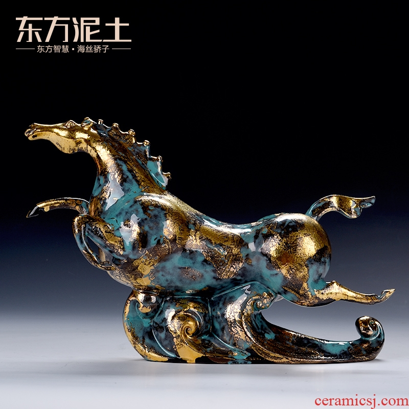 Oriental clay ceramic artisans Zhang Chang the teacher Lin works bronze horse furnishing articles/treader tianma color series