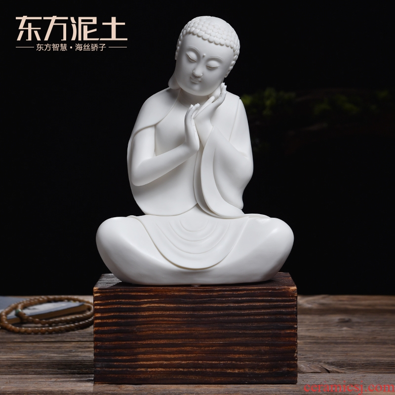 Oriental clay ceramic its art crafts creative Chinese figure of Buddha zen porch the adornment that occupy the home furnishing articles