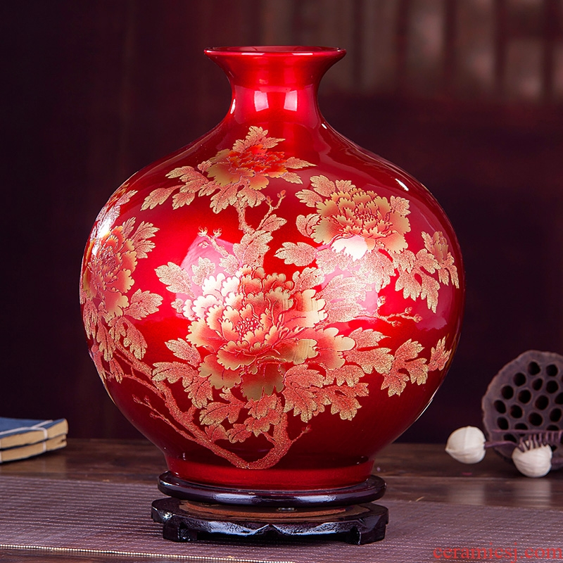 Jingdezhen ceramics red crystal glaze vase flower arranging I and contracted creative home sitting room adornment is placed