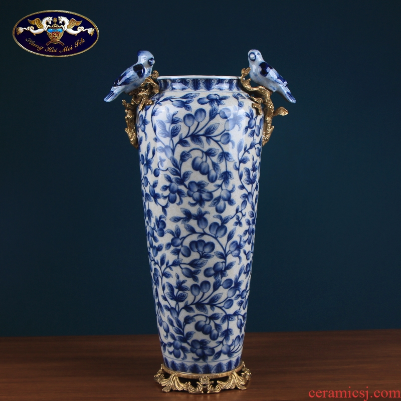 Blue and white porcelain ceramic sitting room of Chinese style household furnishing articles high - class European - style retro flower arranging porch soft outfit craft ornaments