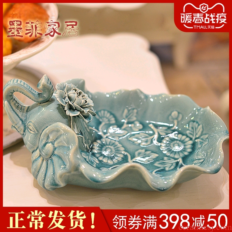 Fruit bowl I and contracted light key-2 luxury ceramic elephant compote European American creative living room key-2 luxury decoration dry Fruit tray