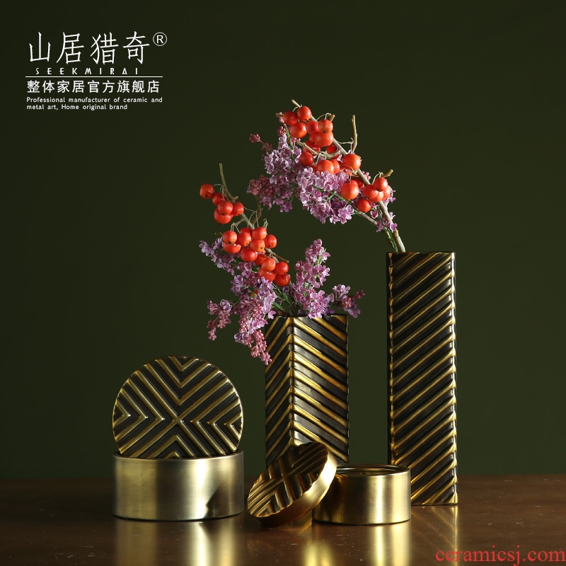 Postmodern light key-2 luxury soft outfit gold retro ceramic vase square geometric flower implement example room decorative jewelry box