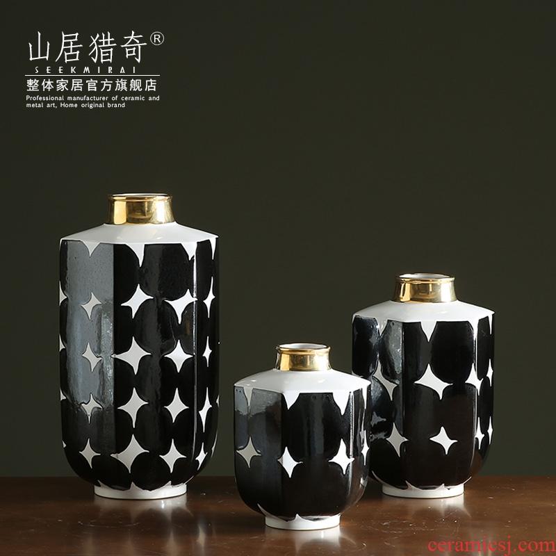 The New classical model room hexagonal ceramic, black and white vase TV wine cabinet mesa dry flower flower arranging flowers, furnishing articles