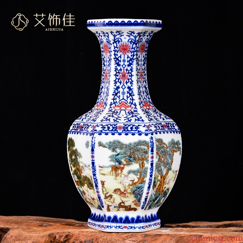 The deer figure of blue and white porcelain vase Chinese style classical jingdezhen ceramics home sitting room TV ark adornment furnishing articles