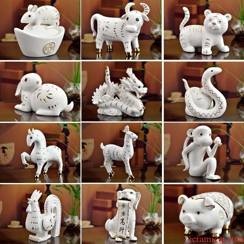 The east mud creative birthday present practical 12 Chinese zodiac animals dragon pig cattle dog furnishing articles ceramic arts and crafts