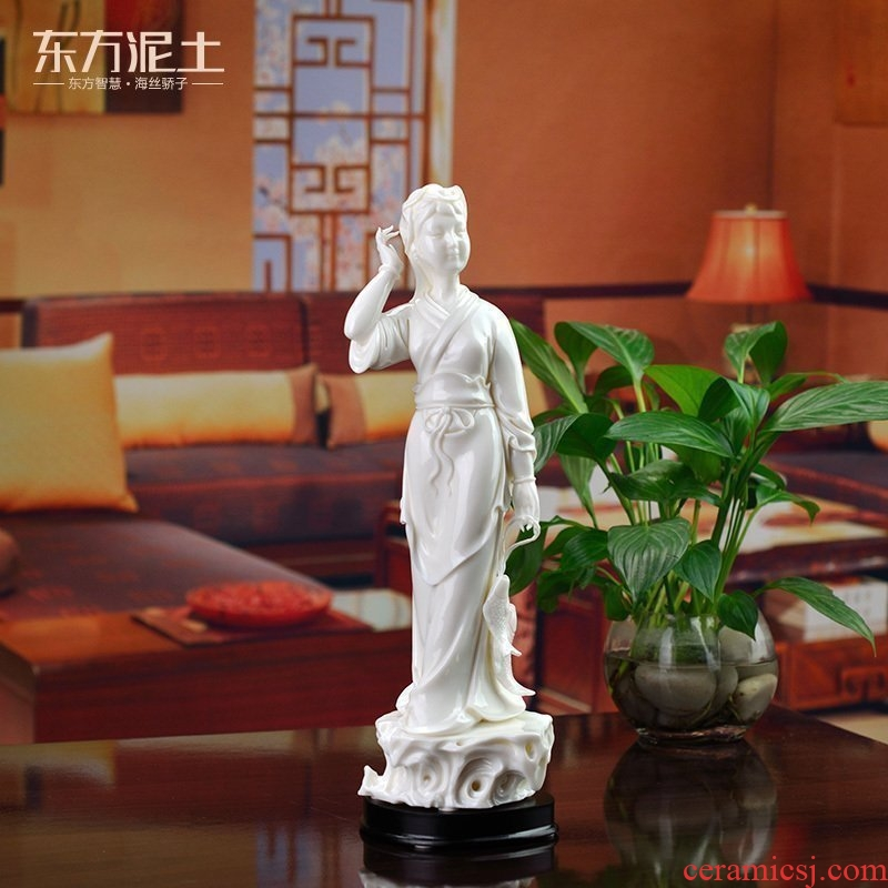 The east mud dehua white porcelain crafts are white marble porcelain art collection/fishermen 's getting D01-057