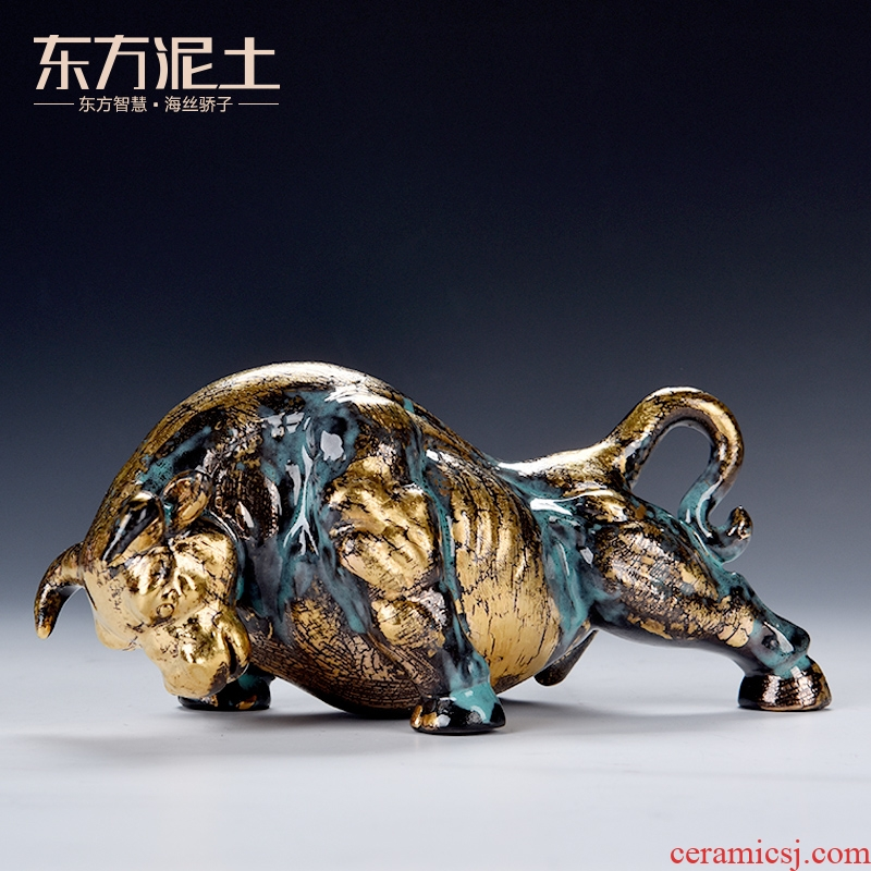 Oriental clay ceramic Wall Street bull furnishing articles in plutus ox office desktop decoration/bronze color endeavour