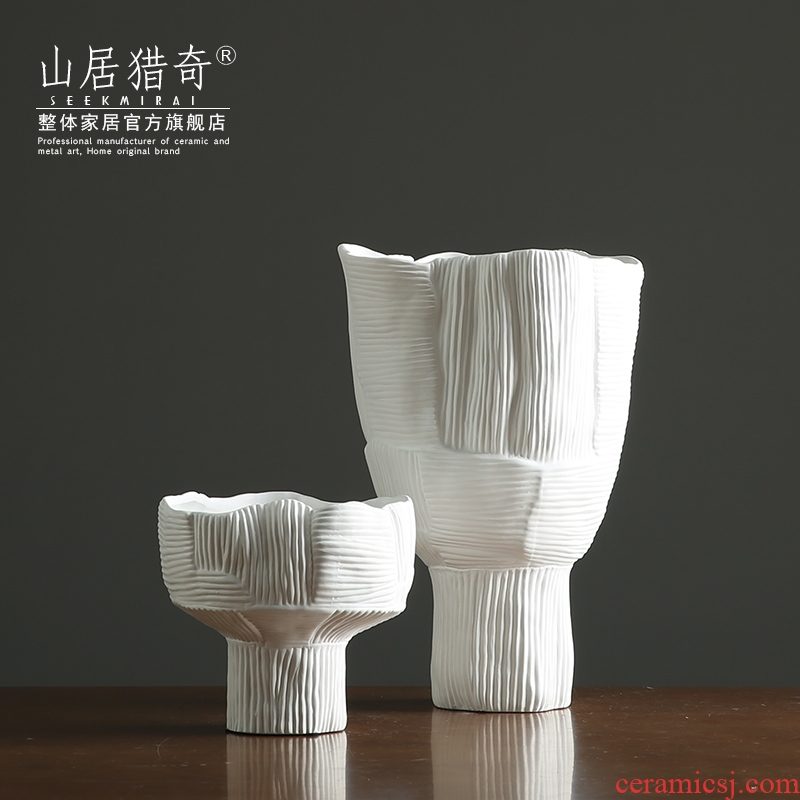 Ins tall vase in the living room table decoration flower arranging exchanger with the ceramics Nordic soft outfit decoration designer example room