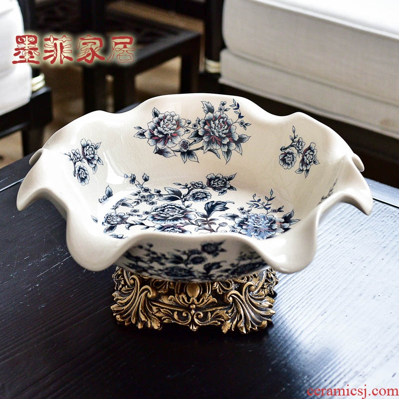 New Chinese style restoring ancient ways American blue and white porcelain ceramic fruit bowl for the sitting room is big fruit tray dried fruit tray table decoration furnishing articles