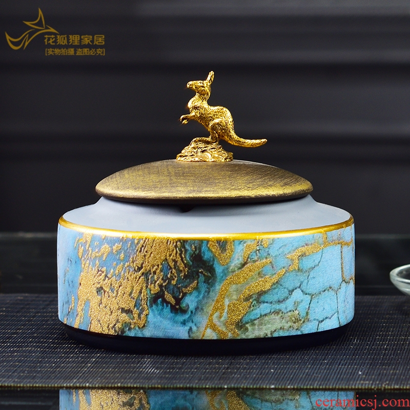 American creative ashtray move trend contracted household light sitting room key-2 luxury cigar ashtray against fly ash with cover