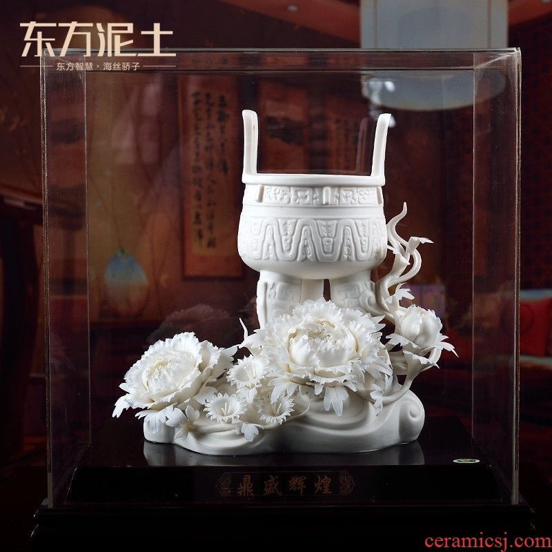 Oriental soil dehua white porcelain its art ceramic home furnishing articles sitting room/golden offerings D02-68