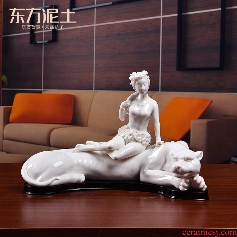 Oriental soil in fujian province, master Lin Luyang master white porcelain its art collection/my alter ego D01-500
