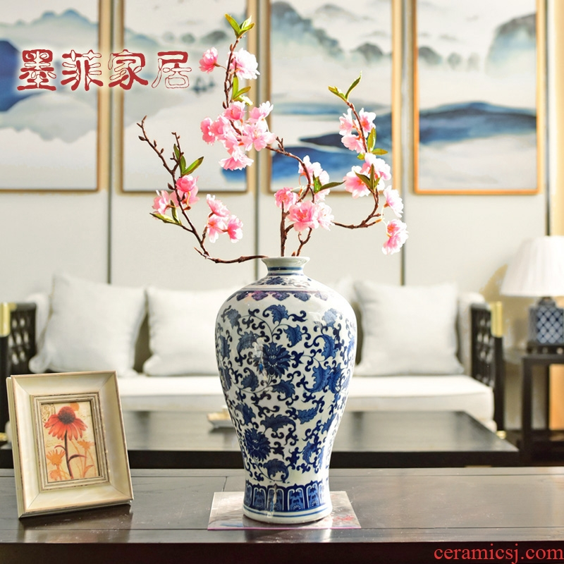 New Chinese style of jingdezhen blue and white porcelain vase TV ark, place of the sitting room porch flower arranging home decoration decoration