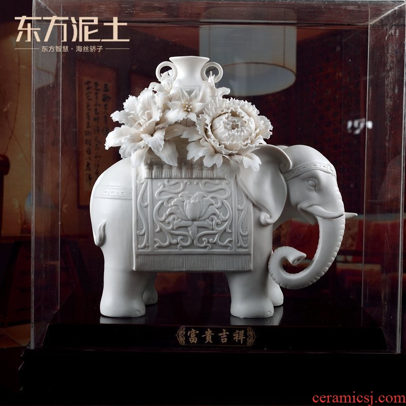 Oriental soil dehua white porcelain its art Chinese sitting room adornment is placed/wealth and auspicious D02-45