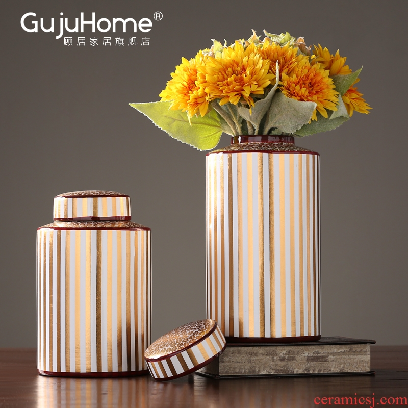 American ceramic vase household living room TV cabinet table arranging flowers is placed between example hotel decoration storage tank