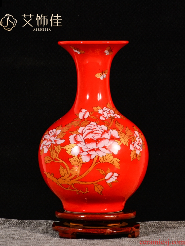 Jingdezhen ceramics floret bottle China red furnishing articles sitting room flower arranging marriage festival of Chinese style household ornaments
