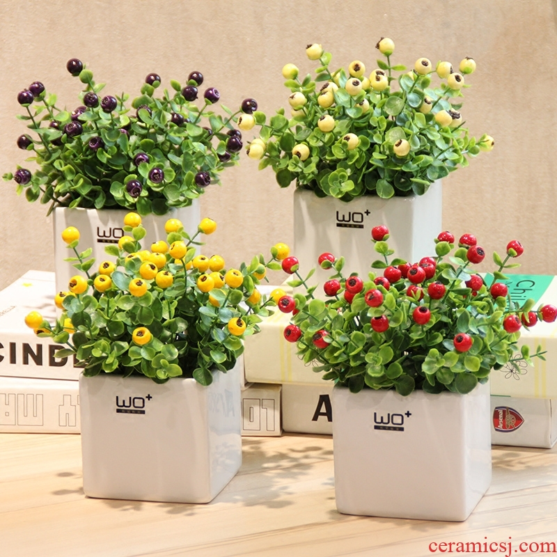 The Send + simulation flowers, red bean blueberry fruits with false ceramic vase suit creative household decorative floral furnishing articles