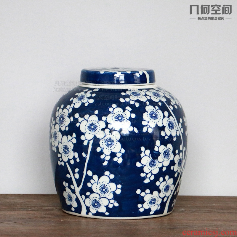 Blue and white porcelain of jingdezhen ceramics hand - made of ice mei pot Chinese ceramic storage tank furnishing and furnishing articles