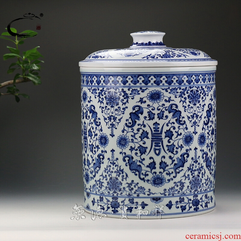 And auspicious caddy fixings jingdezhen ceramics by hand to wake POTS are scattered tea cake receives blue - And - white five long - lived straight POTS