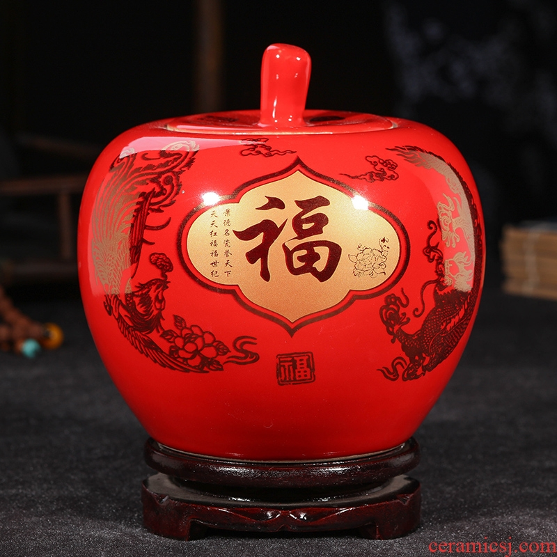 Jingdezhen ceramics a thriving business Chinese red apple vase modern home handicraft furnishing articles