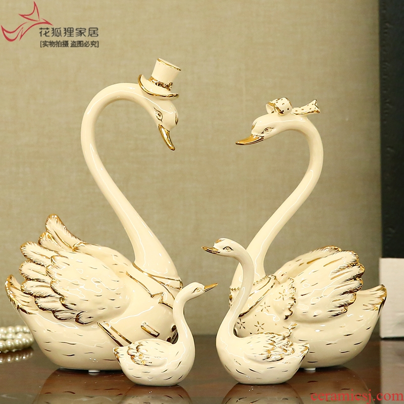 European furnishing articles sitting room romantic move ceramic swan wedding gift to send home decoration girlfriends wedding gift