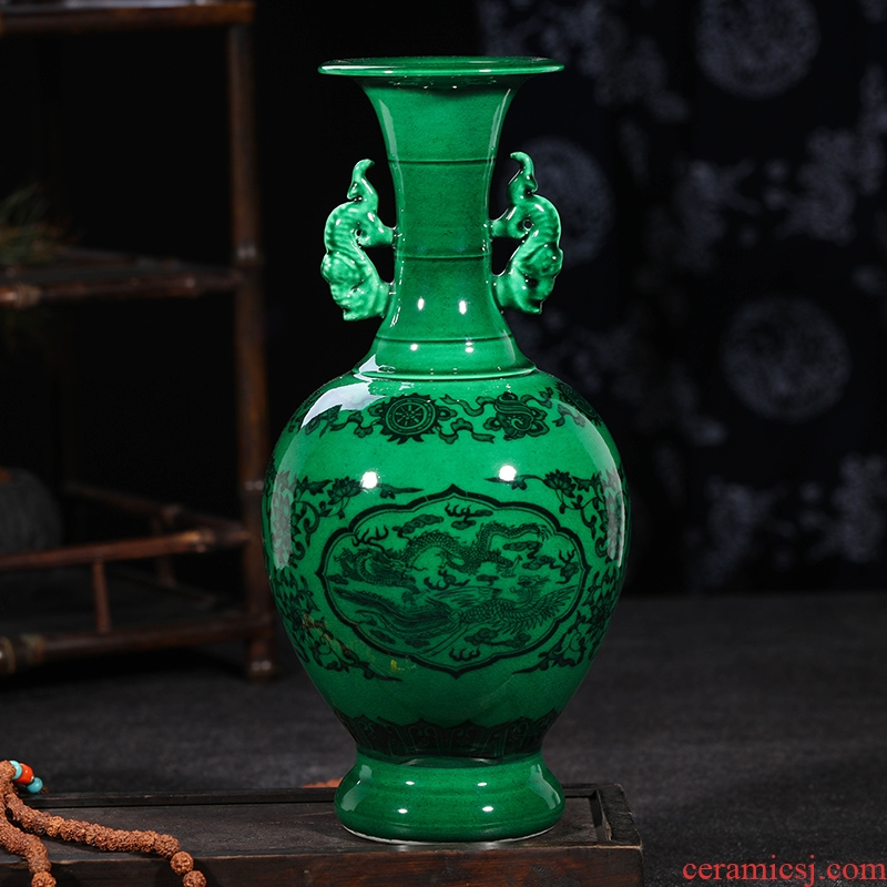 Jingdezhen ceramics green glaze vase household furnishing articles have the antique vase Chinese vase decorative arts and crafts