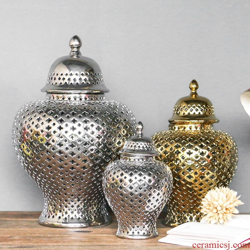 The baroque gold silver hollow out The general pot of Europe type restoring ancient ways example room decoration ceramics handicraft porch place