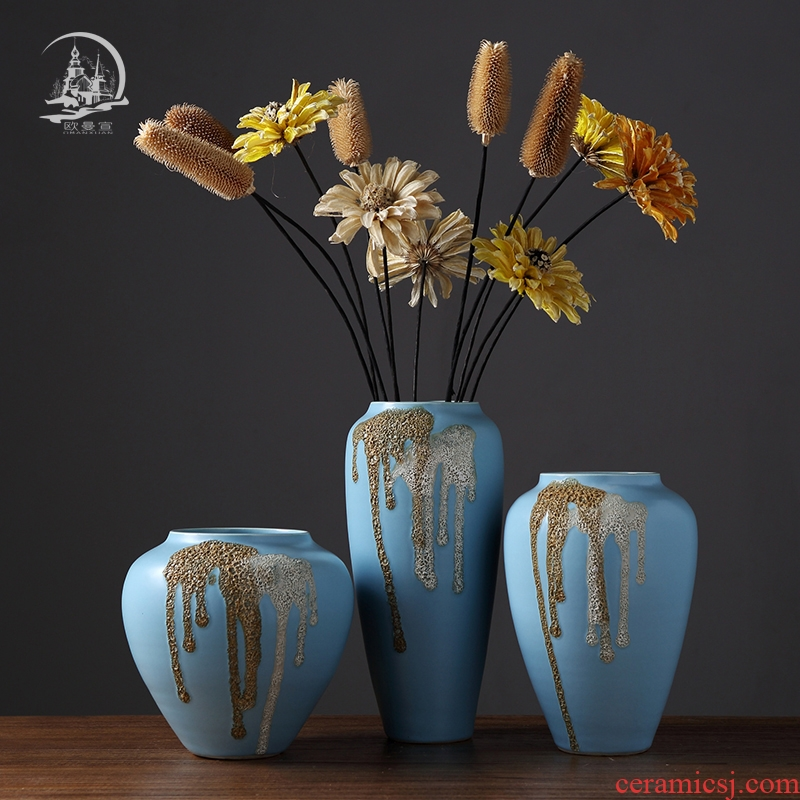 Jingdezhen ceramic vase furnishing articles European contracted sitting room table dry flower, flower arrangement, household adornment ornament