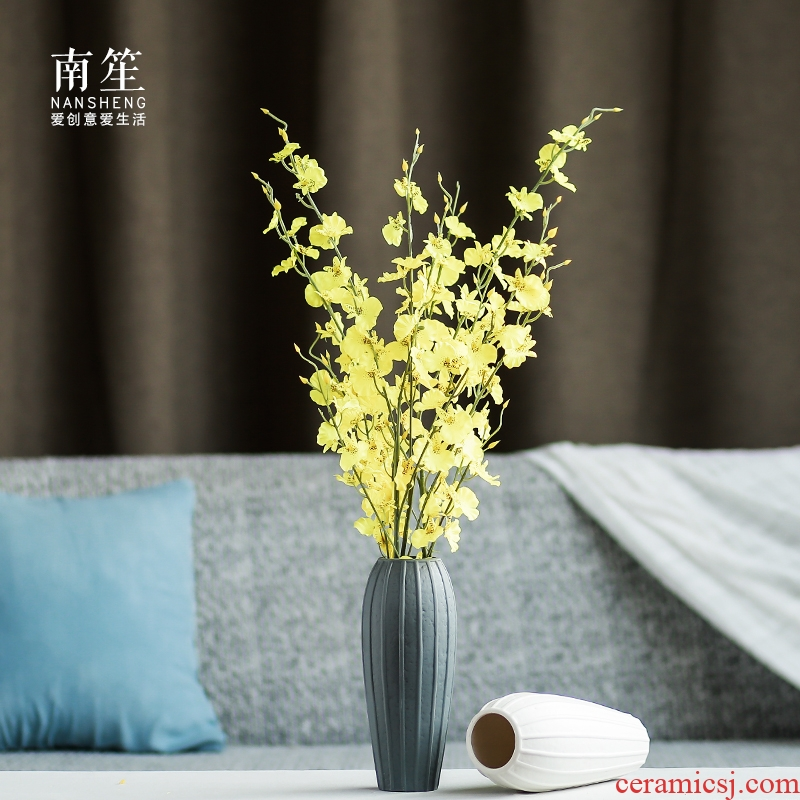 Nan sheng I and contracted ceramic vases, dried flower simulation flower, household act the role ofing is tasted furnishing articles mesa adornment
