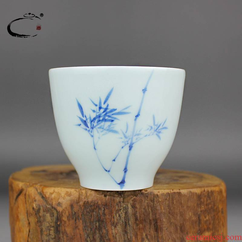 And auspicious jing DE collection jingdezhen blue And white bamboo cup hand - made ceramic kung fu tea cups sample tea cup single CPU